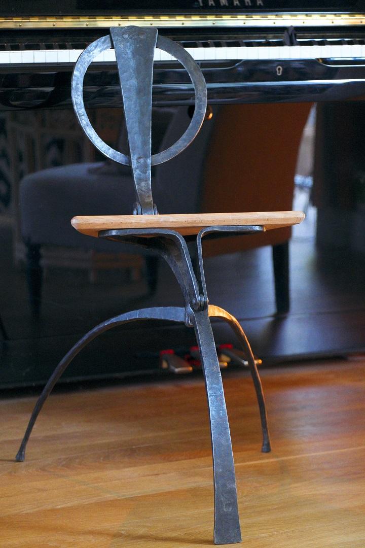 mobilier en fer forg atelier manifier. Black Bedroom Furniture Sets. Home Design Ideas